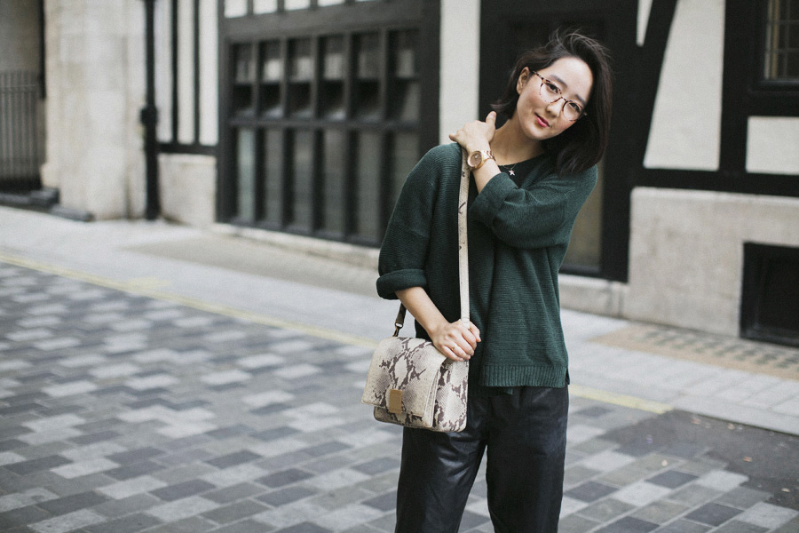 Park-and-Cube_Leather-trousers_009