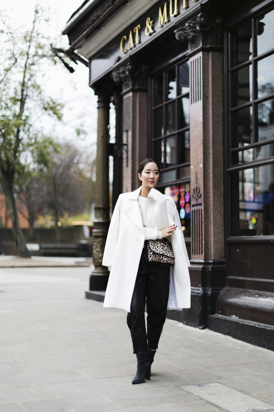 ParknCube_Charlie-May-White-coat_03