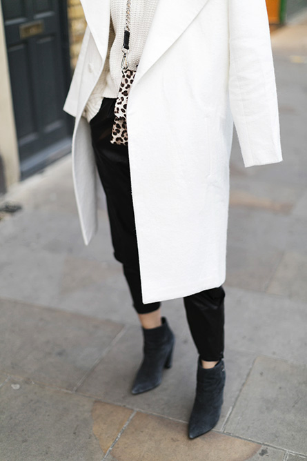 ParknCube_Charlie-May-White-coat_06