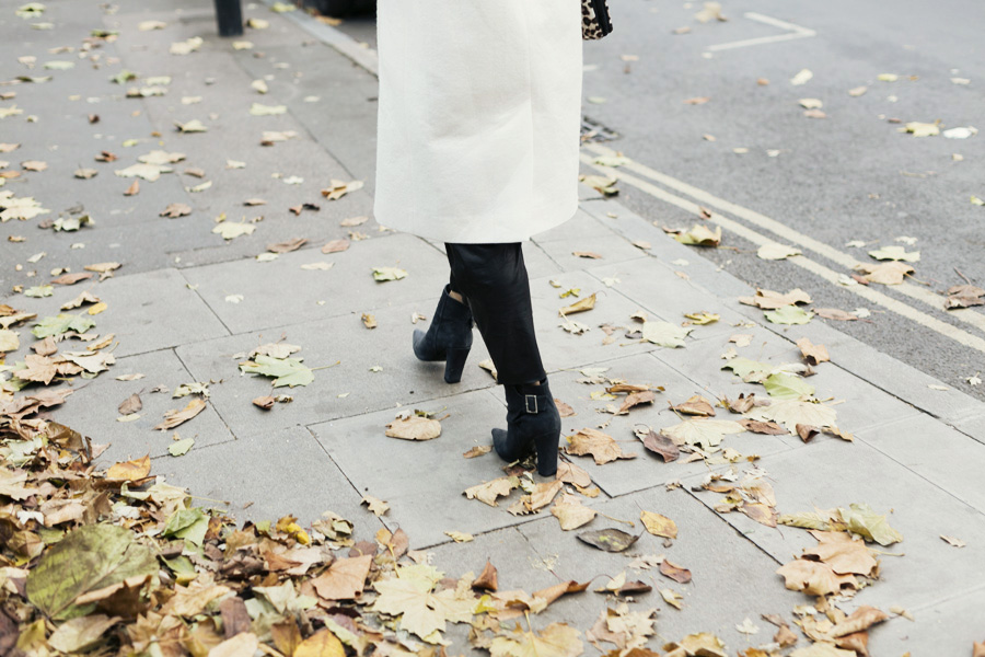 ParknCube_Charlie-May-White-coat_08