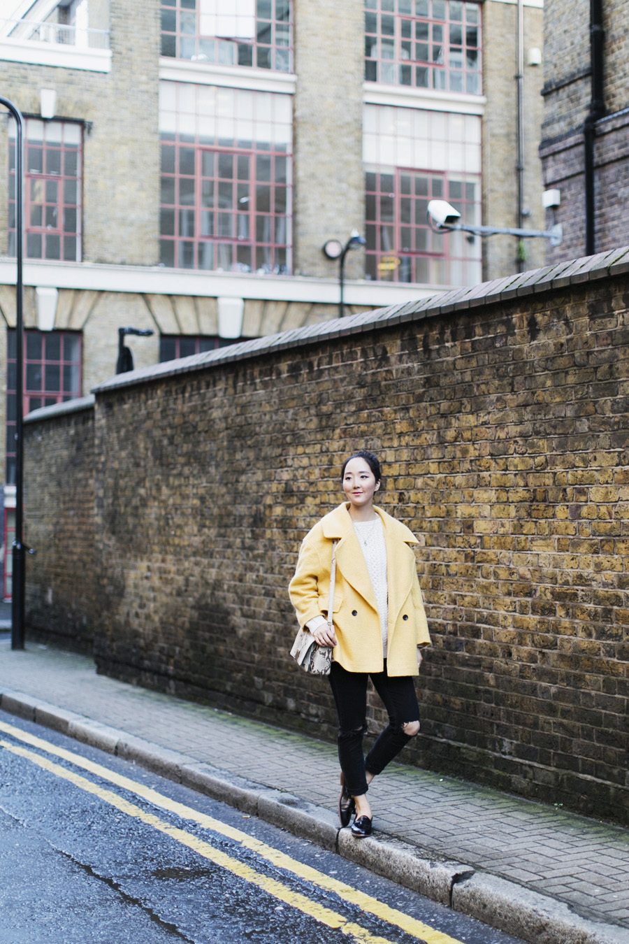 ParknCube_Yellow-Coat-otufit_04
