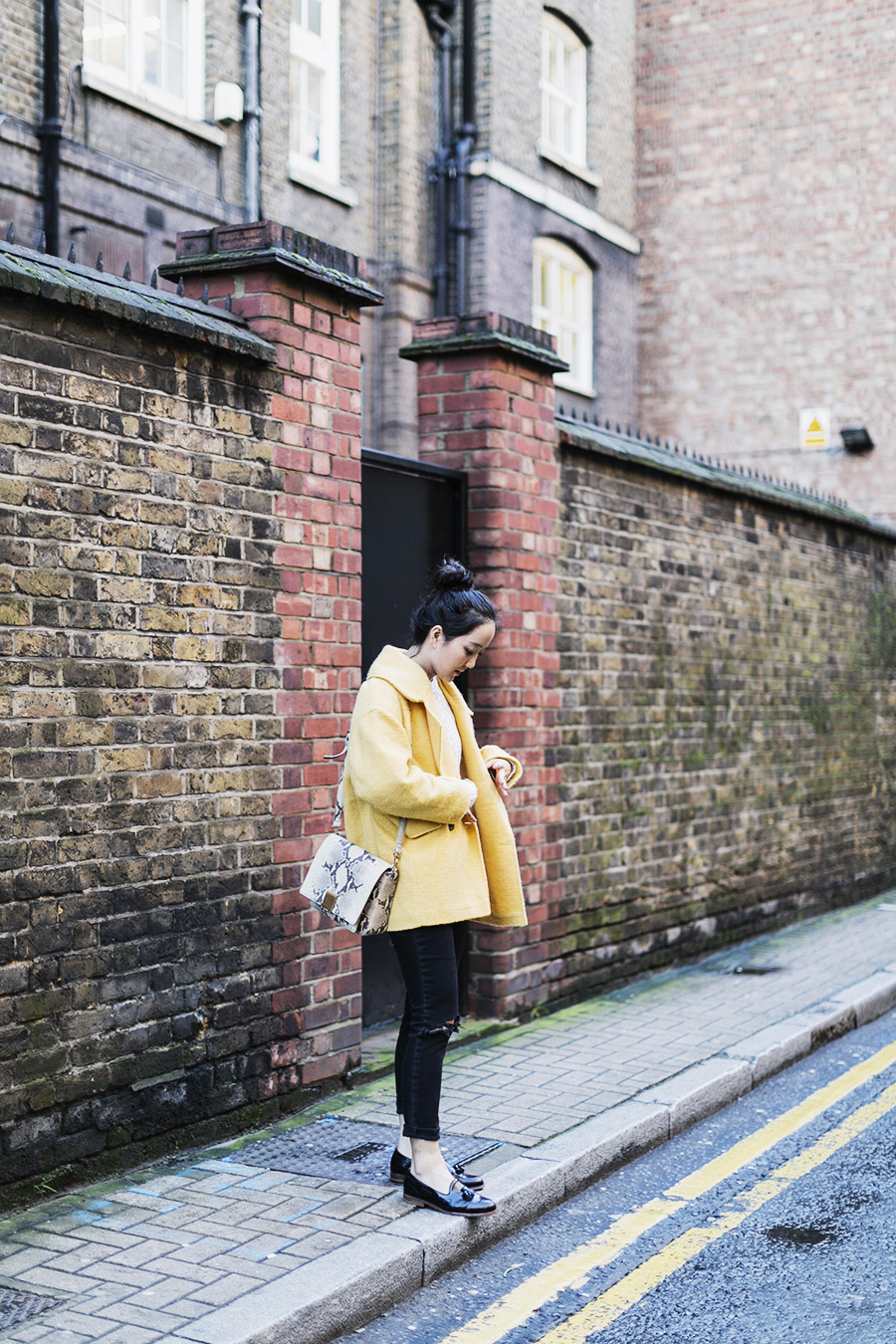 ParknCube_Yellow-Coat-otufit_05
