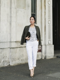Park-and-Cube_Dagmar-white-pants_01