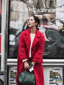 Park-and-Cube_Paris-Red-Coat_0001