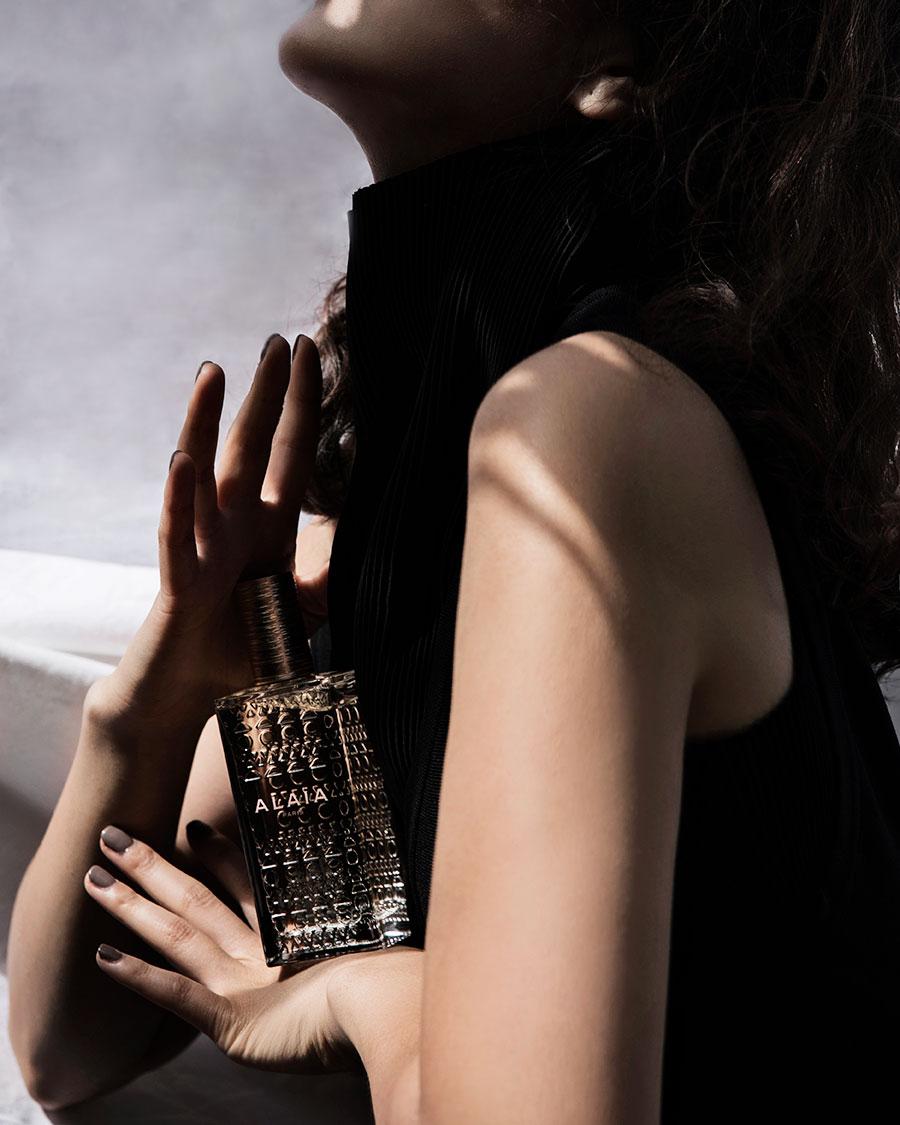 CubeCollective_Alaia-Eau-de-Parfum-Blanche_009c